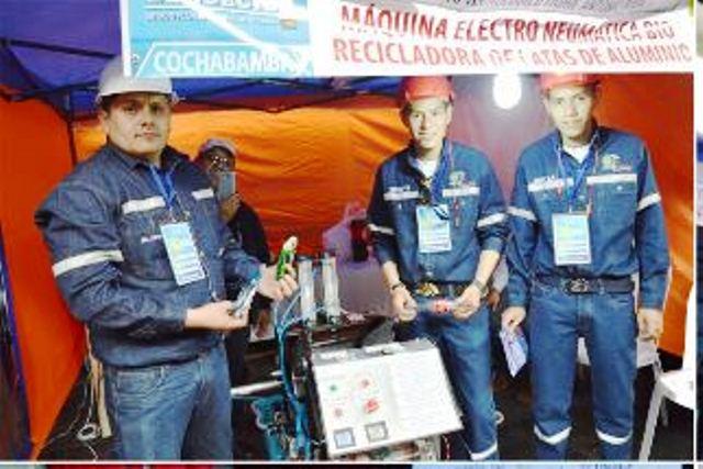 Institutos tecnológicos recibieron apoyo del Ministerio de Educación