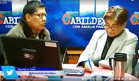 Emotiva entrevista de Pando a De la Cruz en el programa Cabildeo