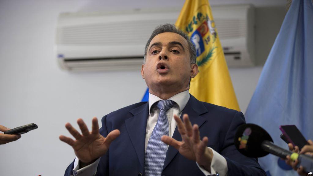 Tareck William Saab fue Defensor del Pueblo y hoy reemplaza a la fiscal contestataria a Maduro